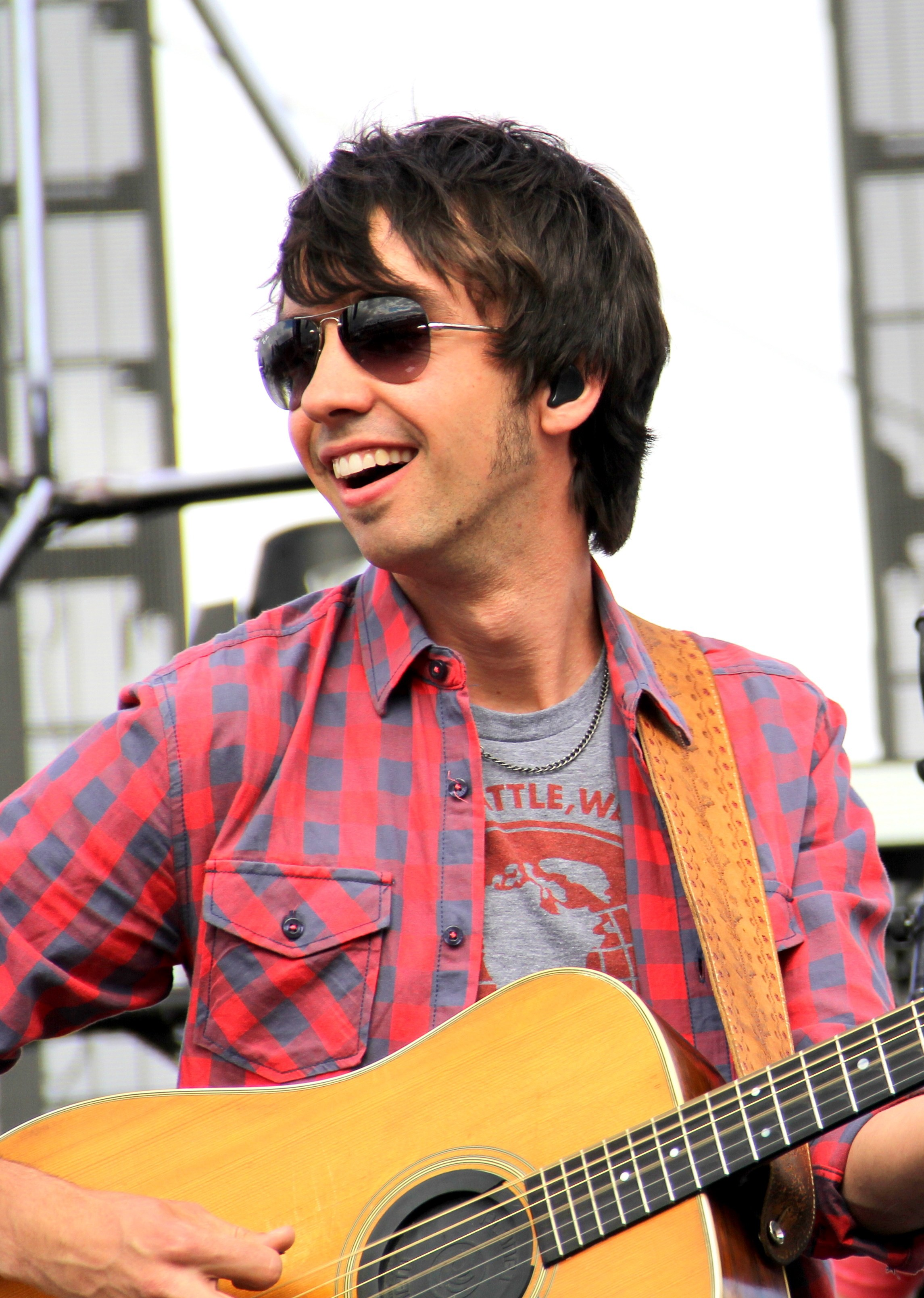 Mo Pitney slaughters the competition at Stagecoach at Empire Polo Club on April 30, 2016.