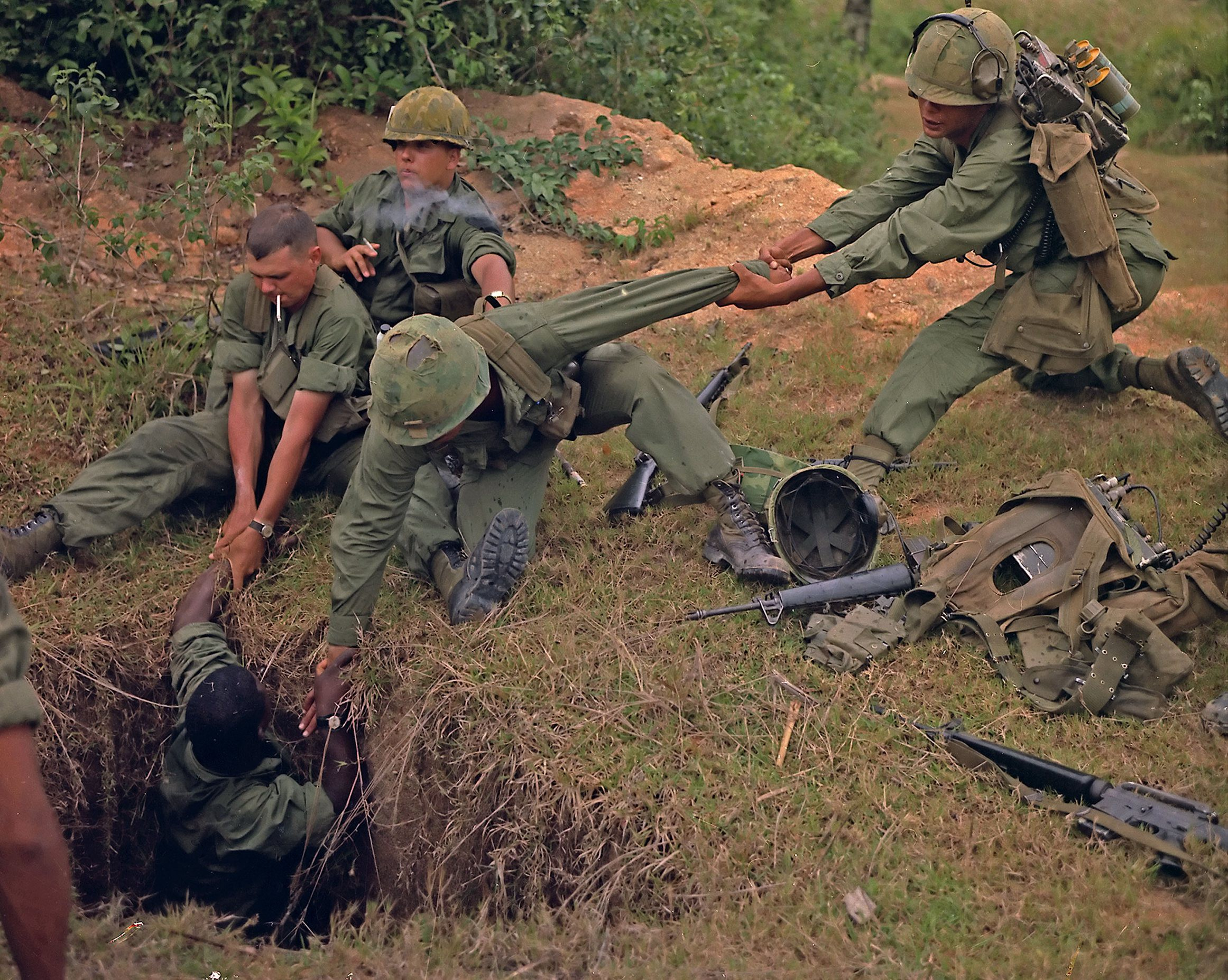 American Troops Tried to Find Viet Cong Tunnels Using