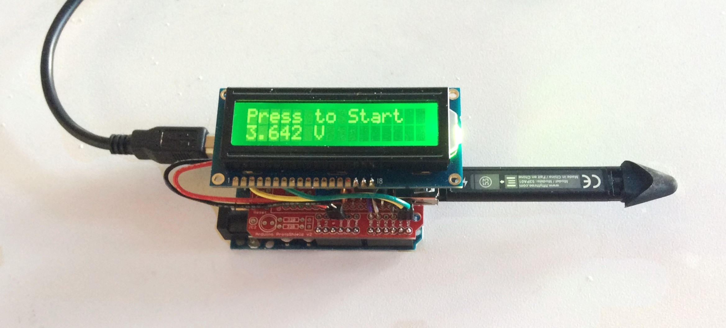 LED display recording the battery voltage for Pencil