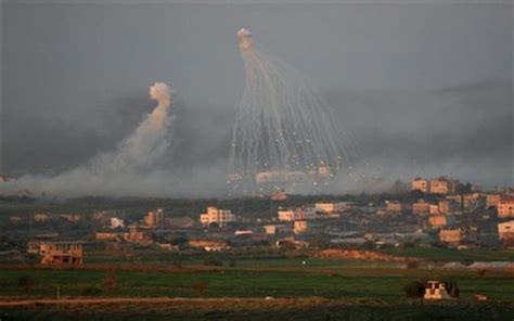 Israel dropping white phosphorous over Gaza