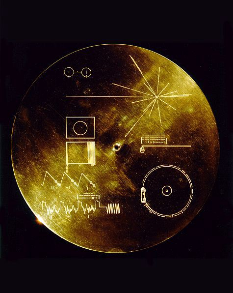The exterior of the Voyager Golden Record includes a little information on how to read the drawings, a little information on how to find the Earth, and a complete overview of how to play a record album.  Heck, I'm not sure how I remember.  Image Credit: NASA / JPL
