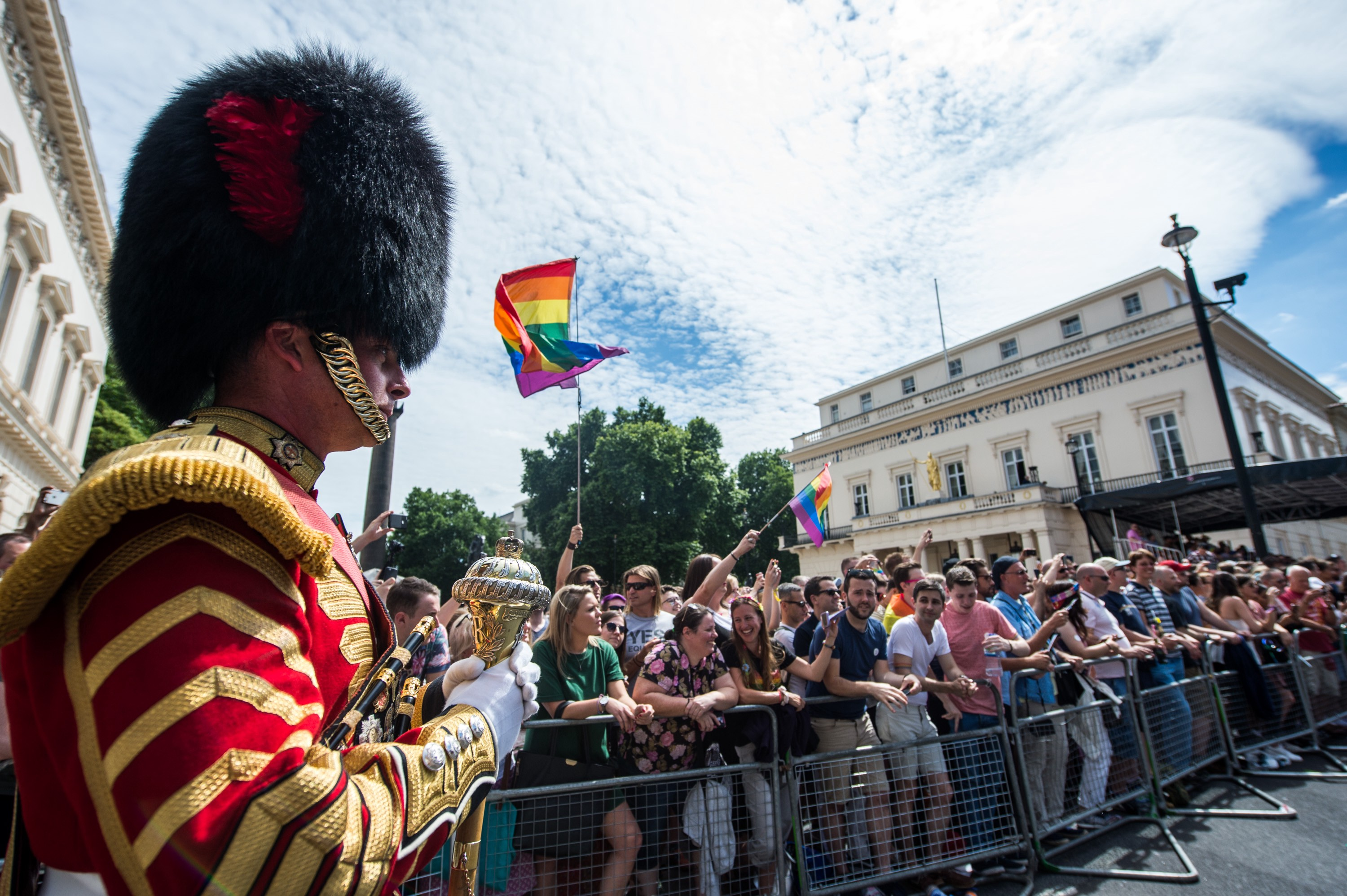 More than 200 Armed Forces and civilian Defence personnel, led by the Band of the Welsh Guards, marched in Pride in London 2017