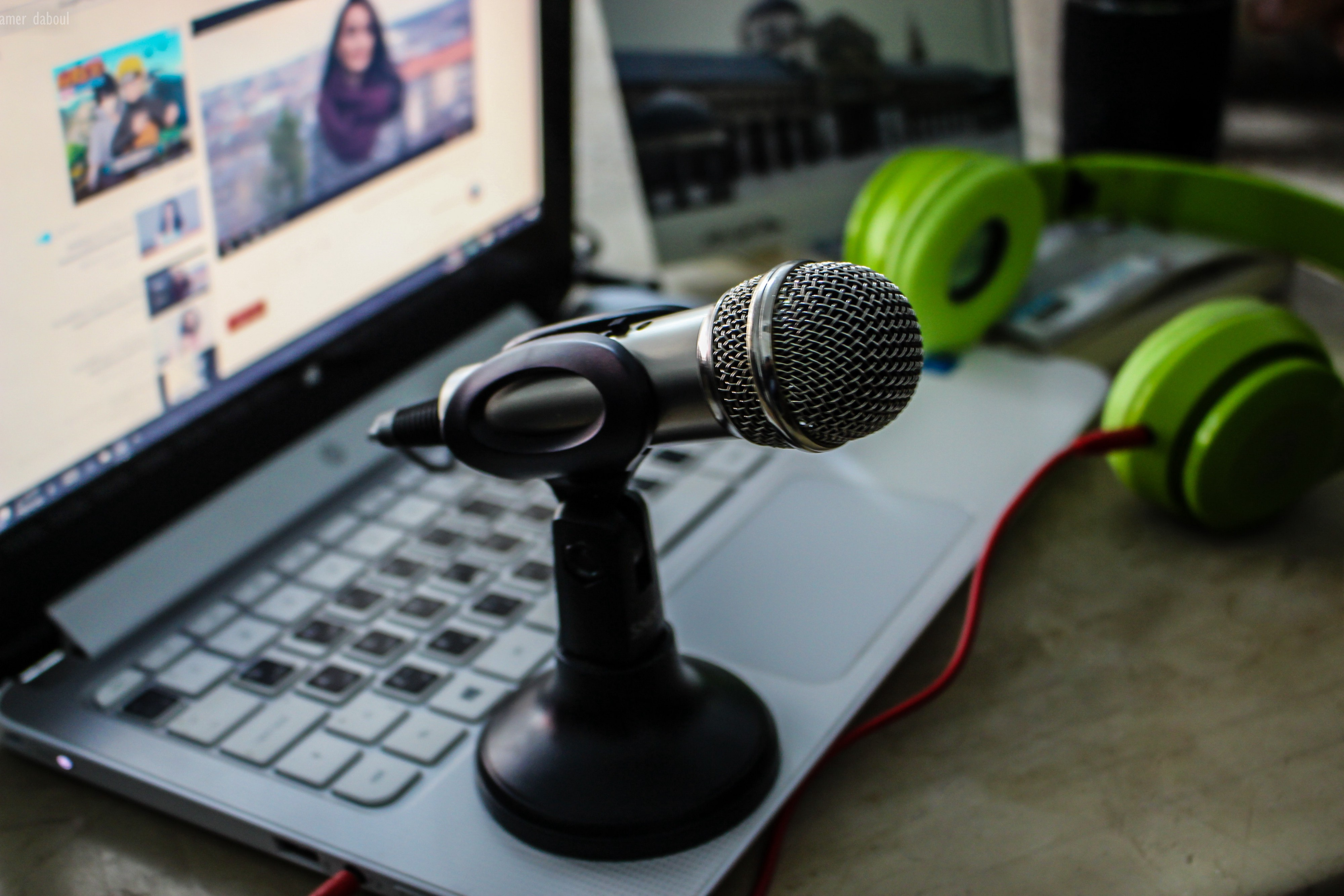 MacOS Tip: Record your screen with mic + system output whilst being