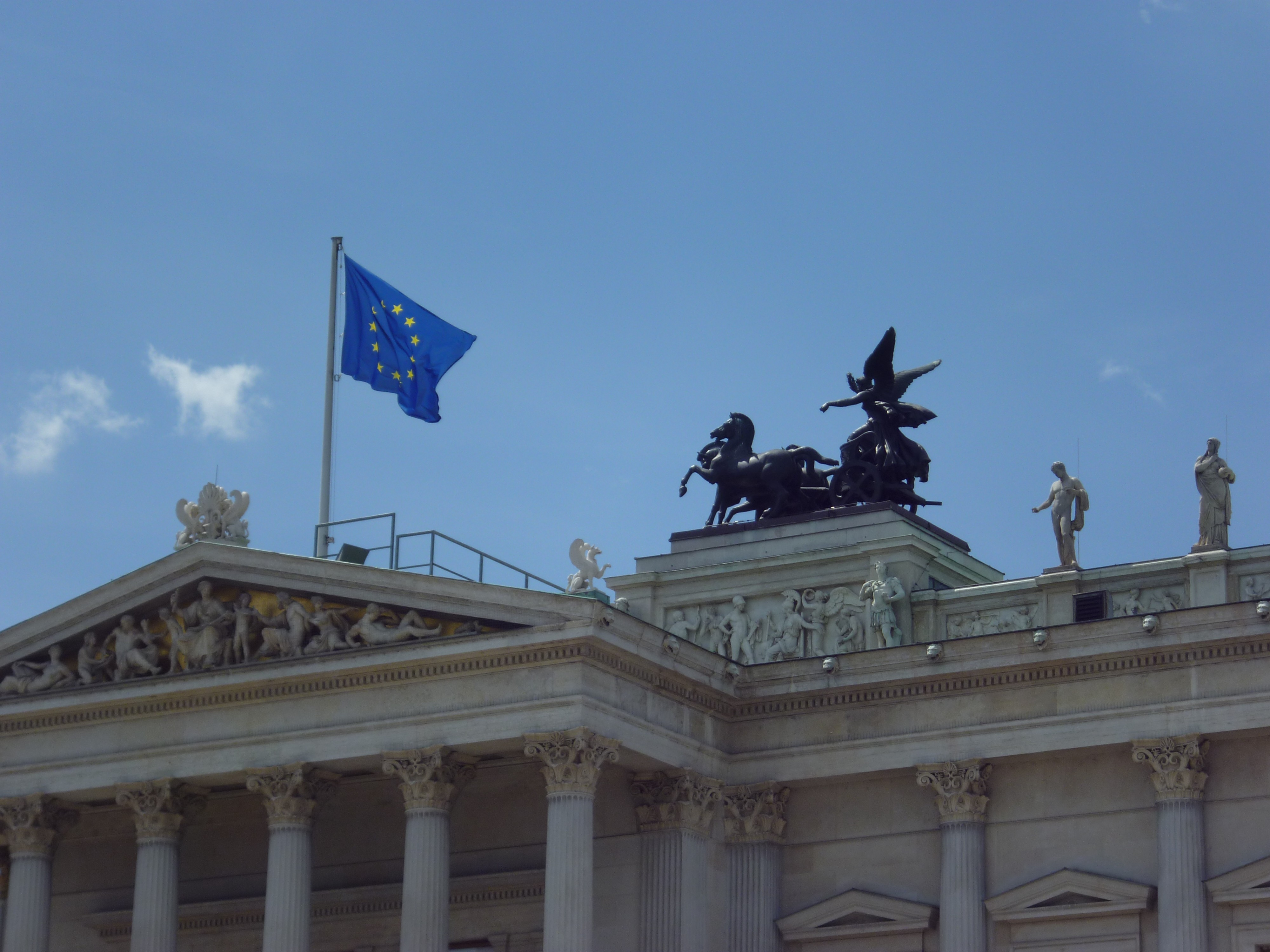 8 Reasons why laws in Europe hold back the EU unification