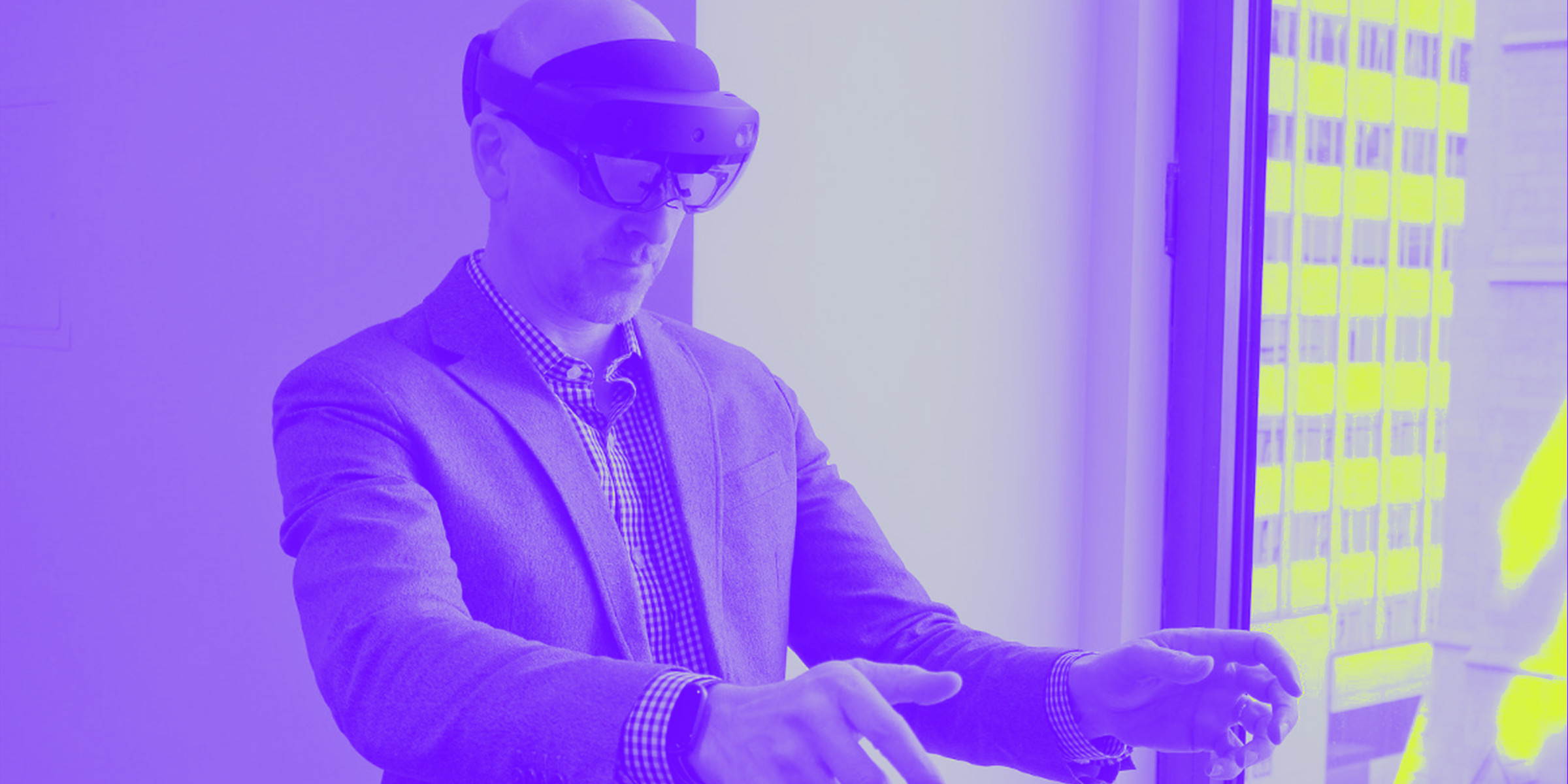 Microsoft Nails 'Mixed Reality' With the HoloLens 2