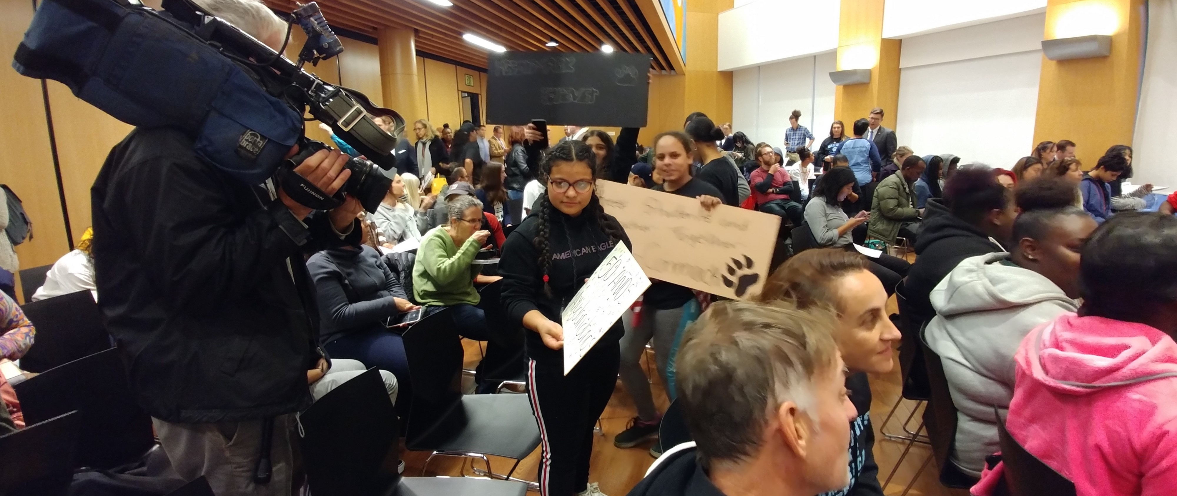 Its Heartbreaking Boston Parents Ask >> Closing A School Destroys A Community Students Tell The School