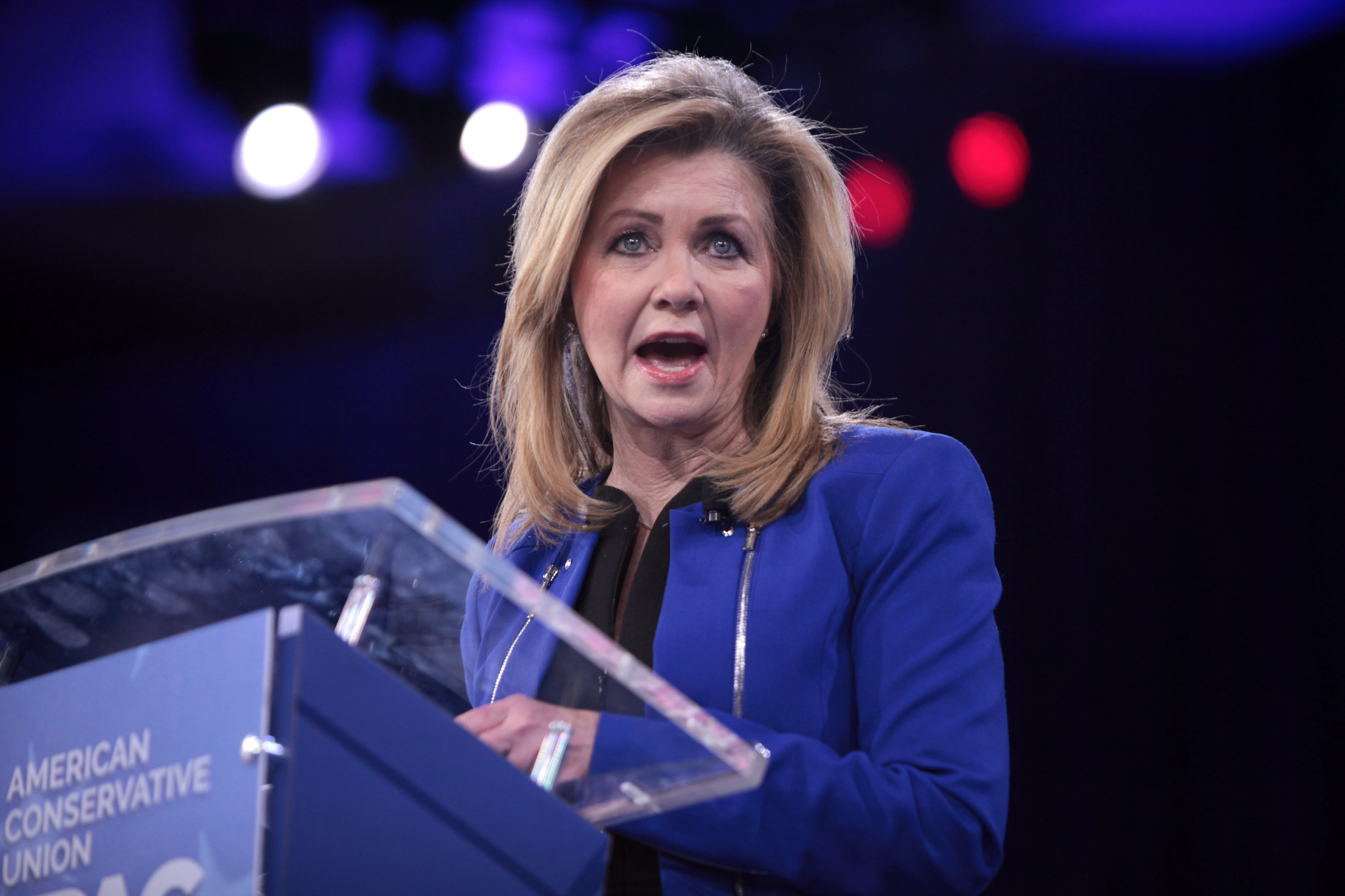 Senator Marsha Blackburn speaks at a podium at CPAC 2016.