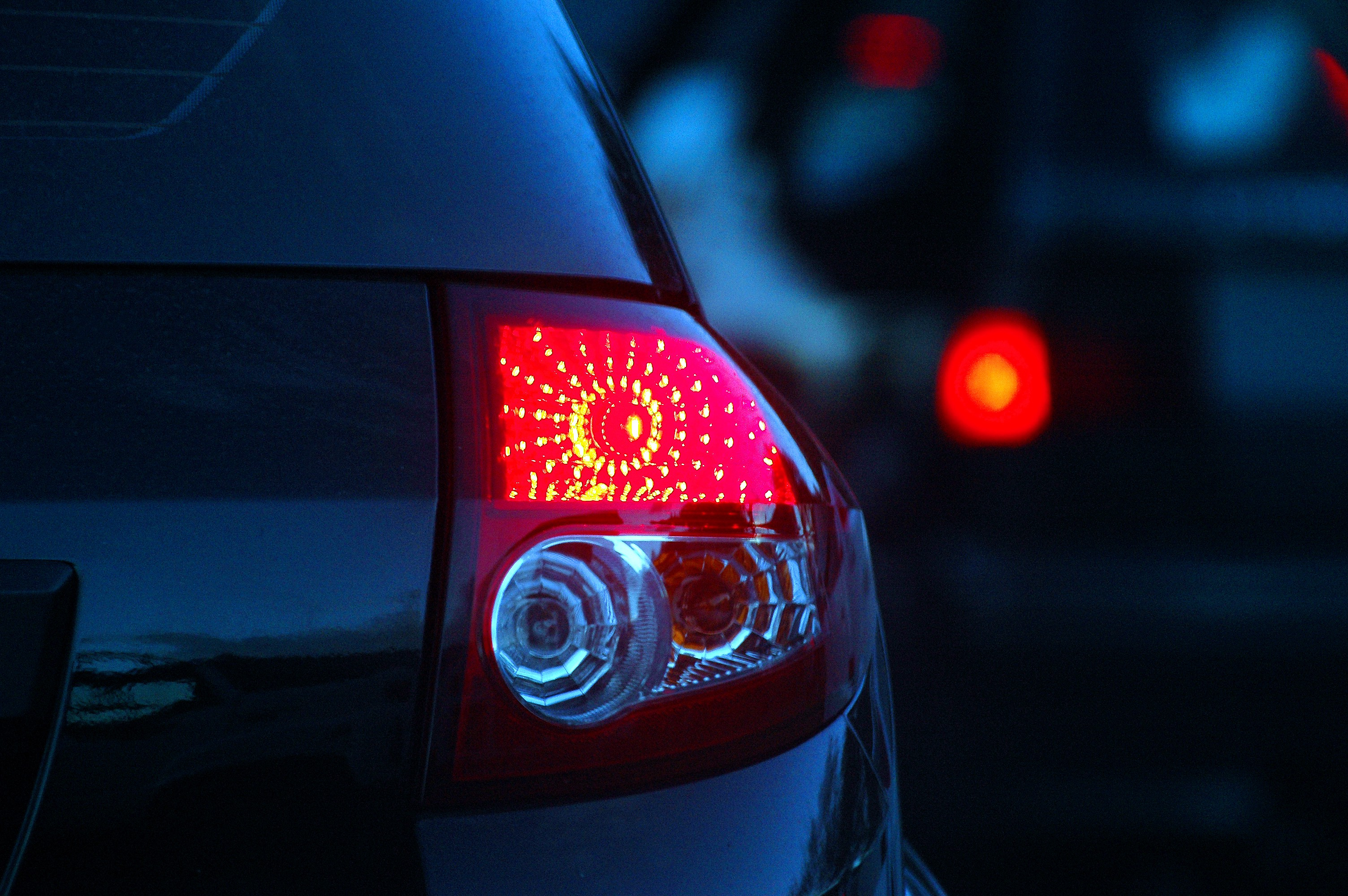 Car Tail Lights >> A Thousand Points Of Head And Tail Light Re Form Medium