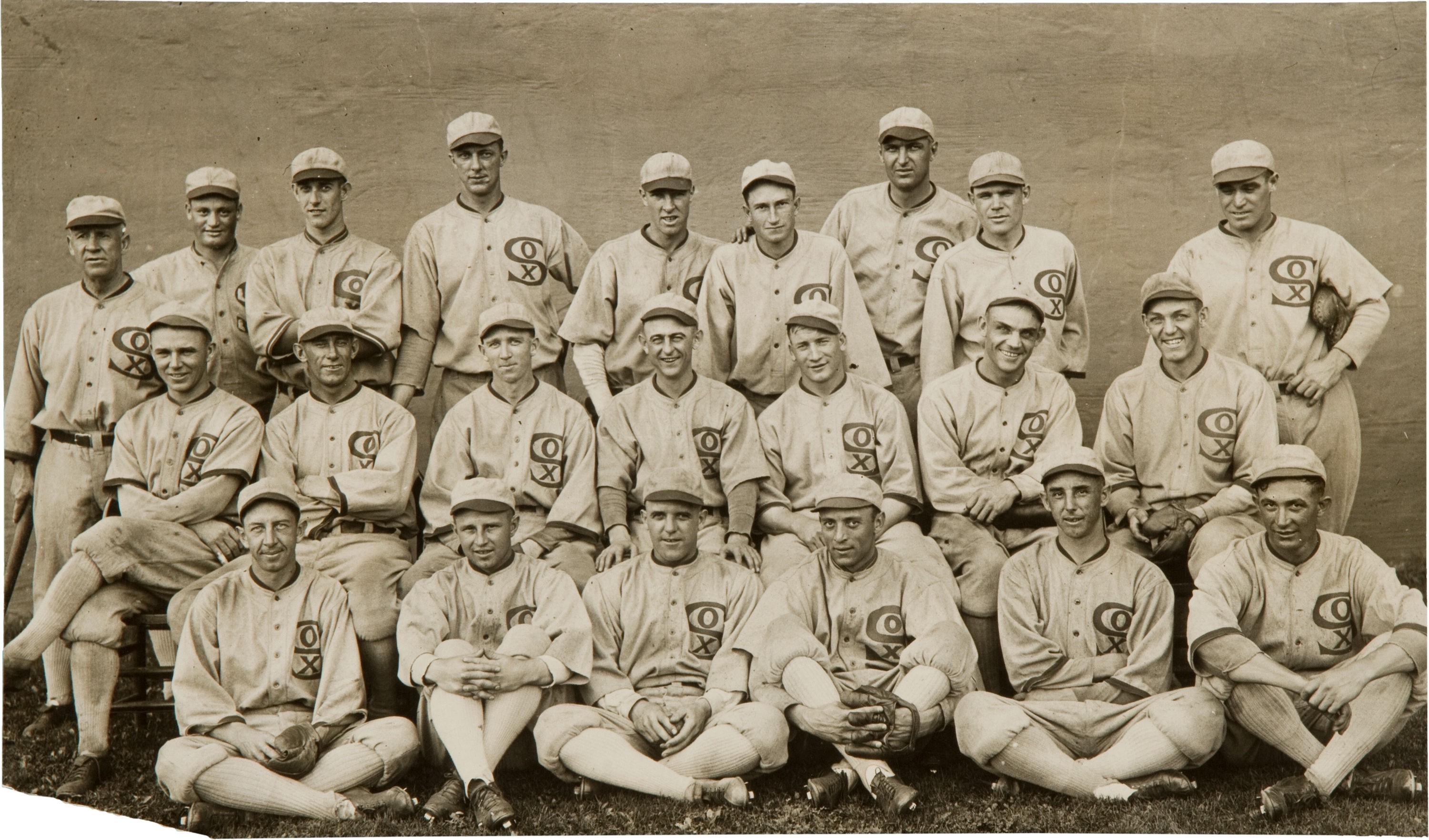 2086db975dc8 Chicago White Sox, 1919; minus Joe Jackson, mysteriously airbrushed out at  top right. Go to story's end to view original.