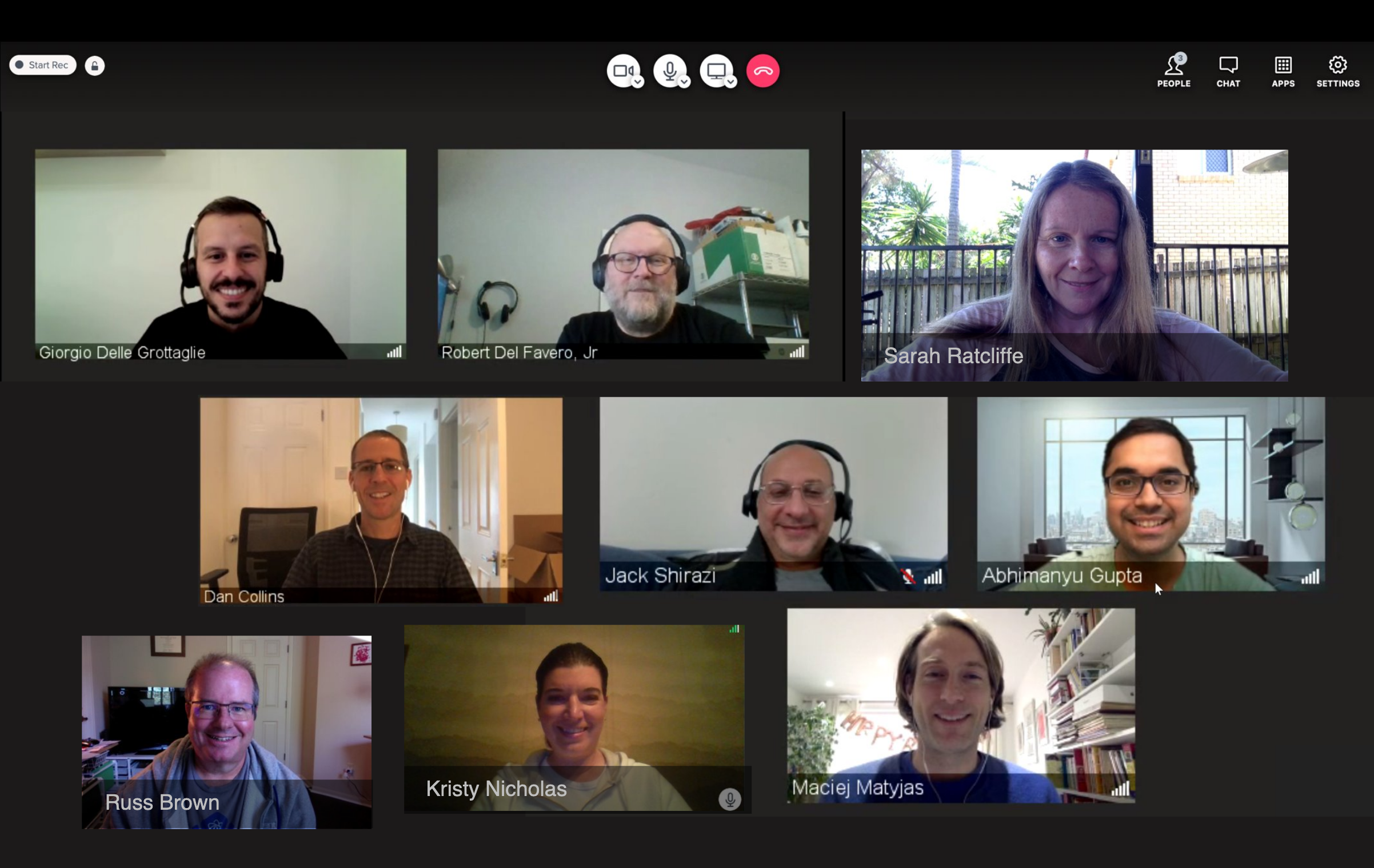 Grid view of editors in a virtual meeting