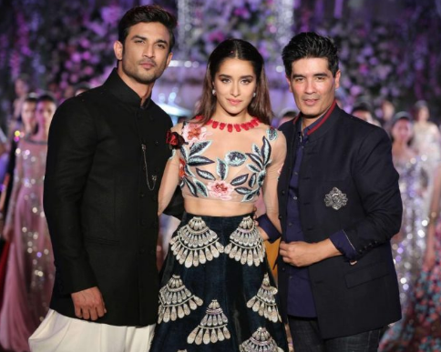 Best Fashion Designers In India 1 Manish Malhotra By Amy Roy Medium