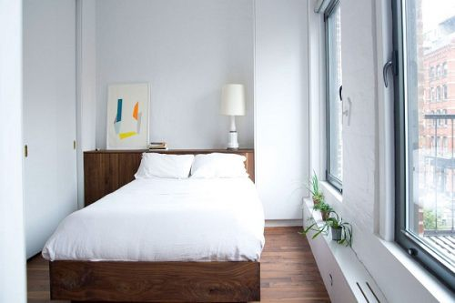 Decorate A Bedroom With Simple Things
