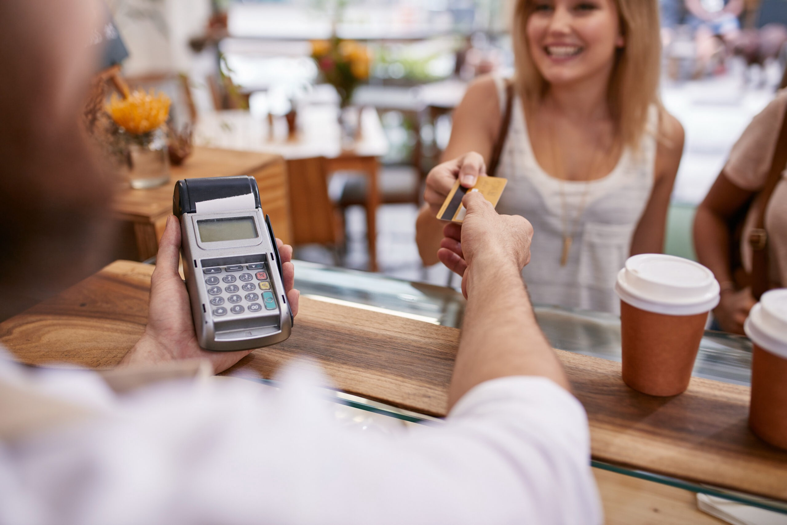 Benefits Of Using A Debit Machine For Accepting Payments
