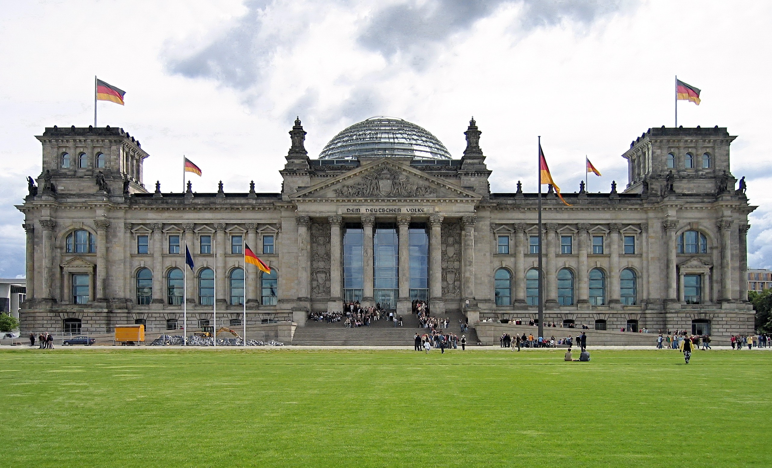 The Reichstag in Berlin | A modern Parliament in a historic building | by  Elena Biason | Medium