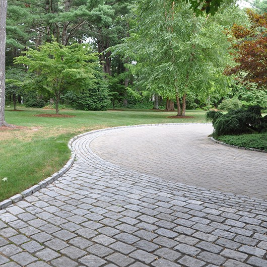 The Benefits Of Brick And Stone Pavers Driveway Paving Near Me Calipavers By Cali Pavers Medium