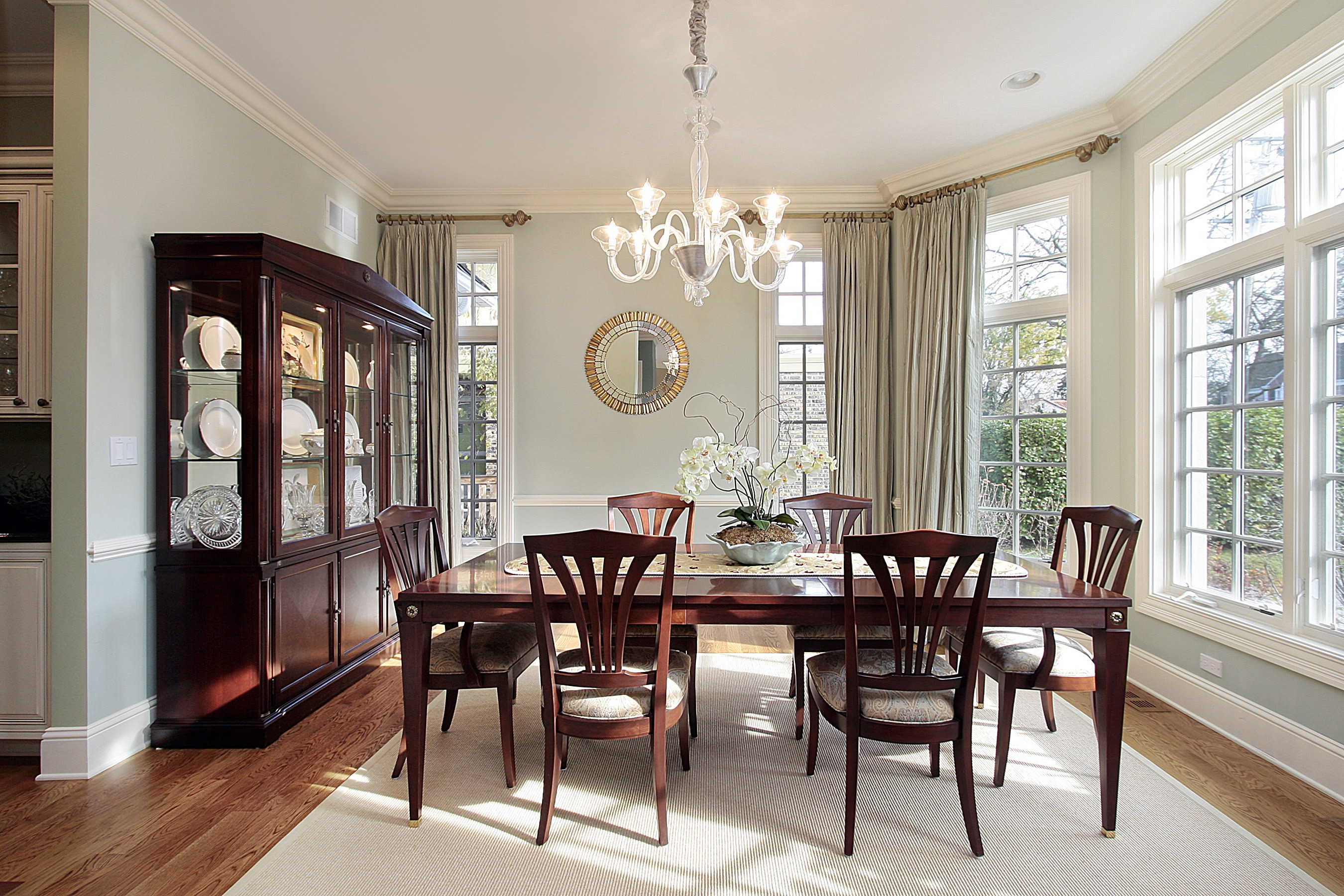 Formal Dining Rooms Are Coming Back After Years Of Casual Dining