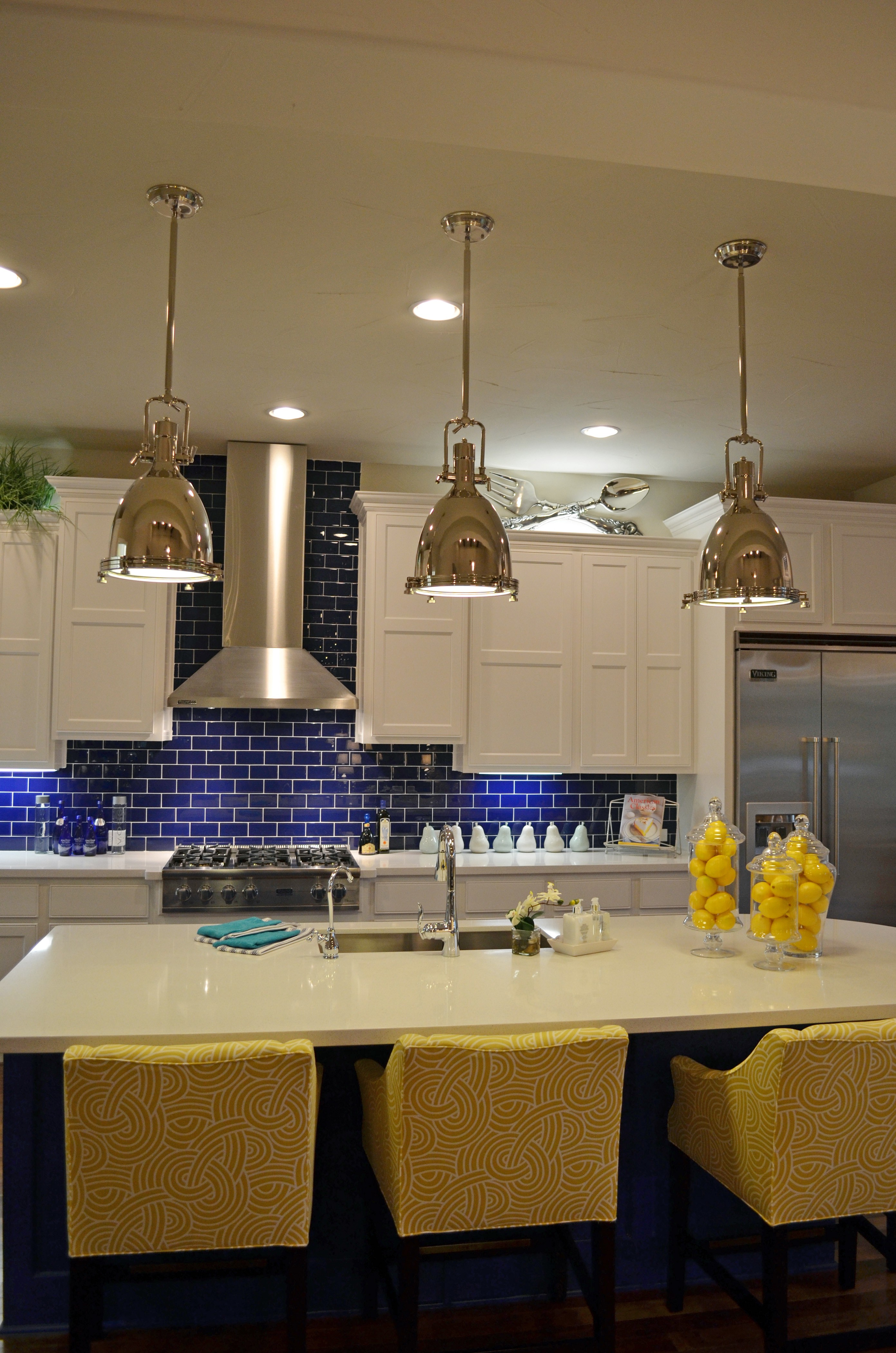 Picture of: Choosing The Best Led Under Cabinet Lighting By Capitol Lighting Expertise Medium