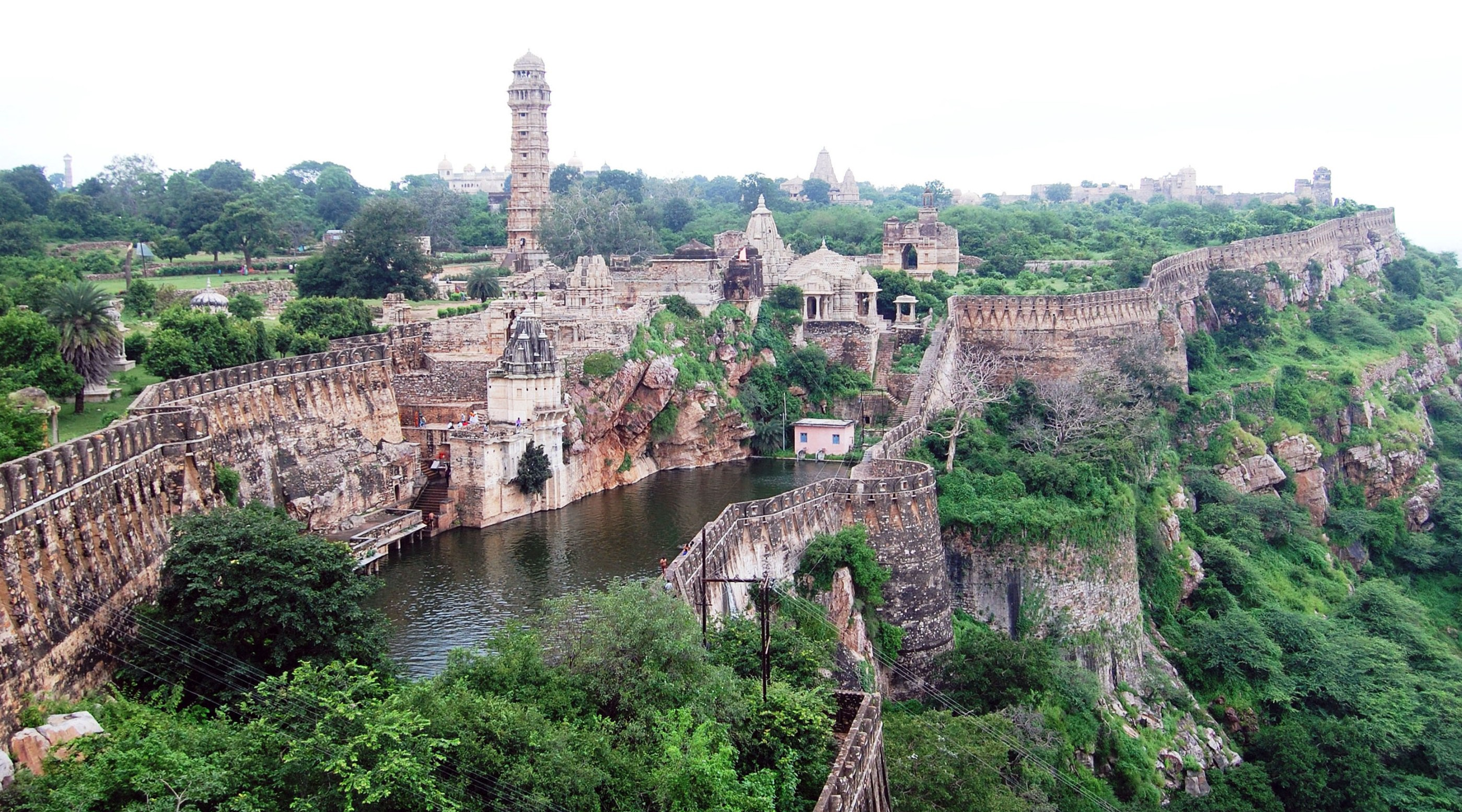Chittorgarh Fort History Story INDIA - Rajasthan City Day Tour ...