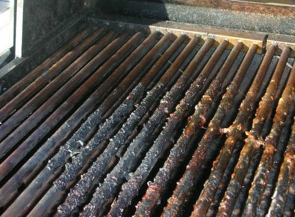 Rusty Steel Grill Grates Here S How To Clean By The Fire Pit Store Medium