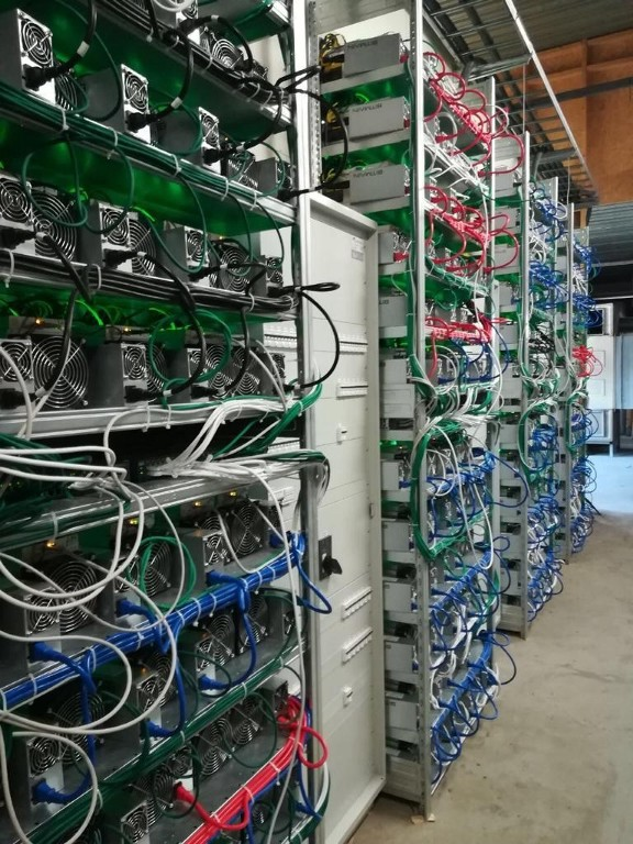 0*Gr9SebaAF3   Ctd - Interview With A Miner: Bitcoin Mining Insights