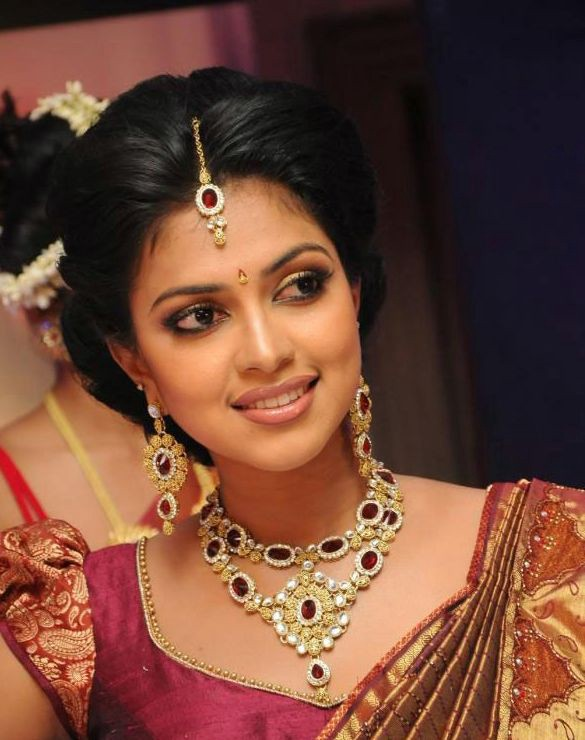 Hairstyle Ideas For A Marathi Bride With Short Hair