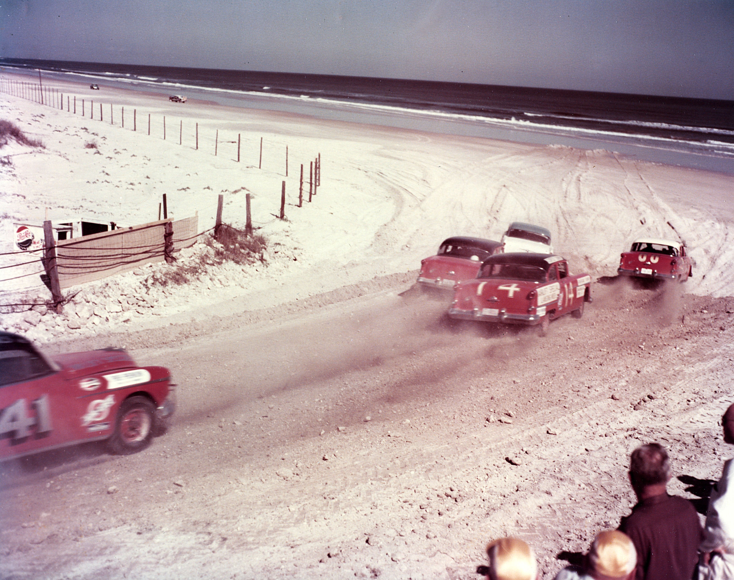 Photos The First Nascar Races Were Literally On Daytona Beach By Rian Dundon Timeline
