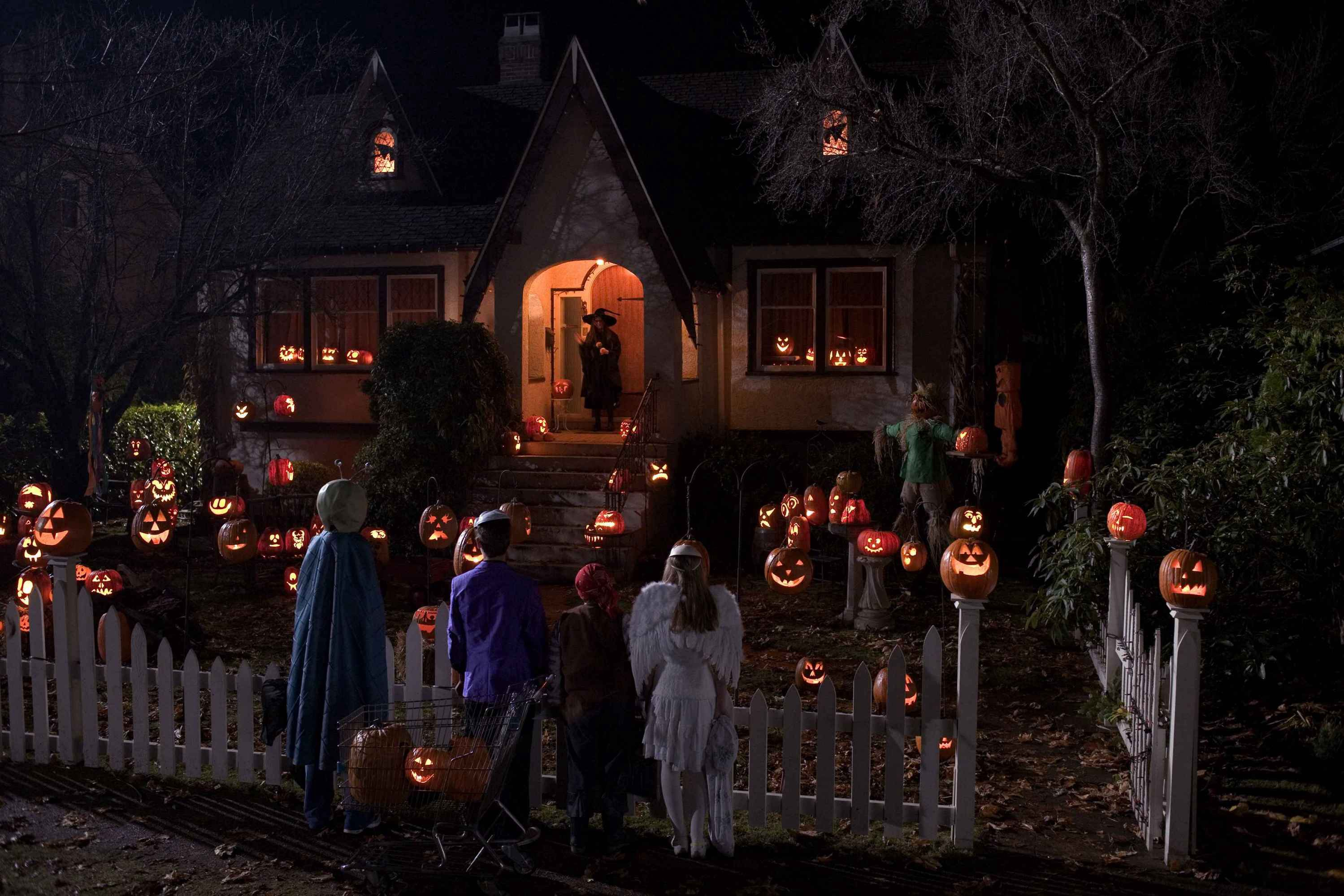 A scene from Trick 'r Treat
