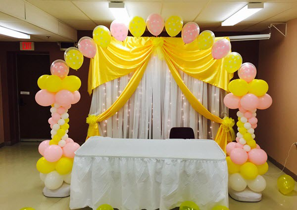 Fantastic idea to use decorative balloons in birthday parties