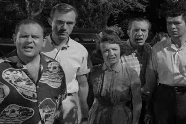 Twilight Zone Episode Review 1 22 The Monsters Are Due On Maple Street By Patrick J Mullen As Vast As Space And As Timeless As Infinity Medium