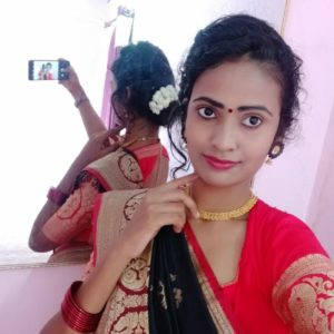 Top 10 Astounding Saree Poses At Home Updated By Pranjalipetkar Medium Photoshoot ideas for girls at home in 2021 if you do not have a good background in your home, then use photoshoot ideas for girls in this post. top 10 astounding saree poses at home