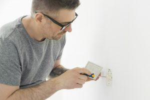 Licensed Electricians - MM Electric