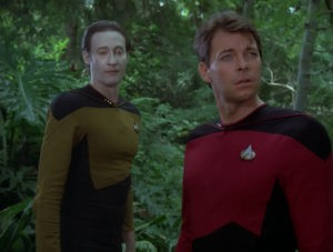 Data_and_Riker_in_holodeck_forest