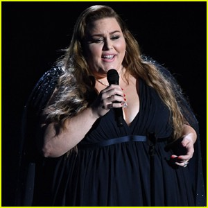 Chrissy Metz performs I'm standing with you at Oscars 2020