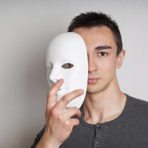 When Love Becomes A Lie: Unmasking the Narcissist in Your Life