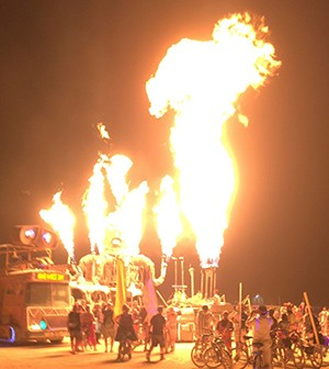 El Pulpo Mechanico (Mechanical Octopus) breathing fire at Butning Man 2019