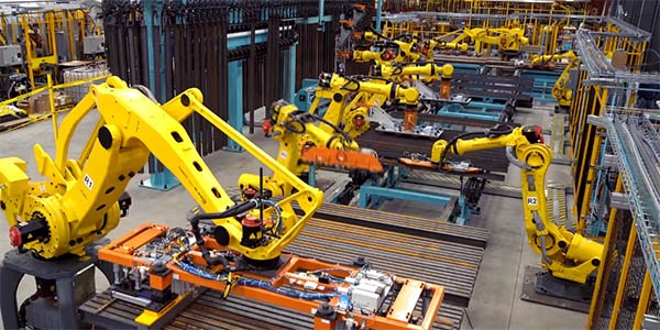 Top 3 Tips to Choose The Best Material Handling Equipment
