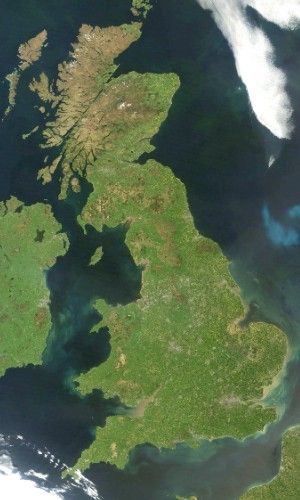 What does the coastline of Great Britain have to do with project delays?