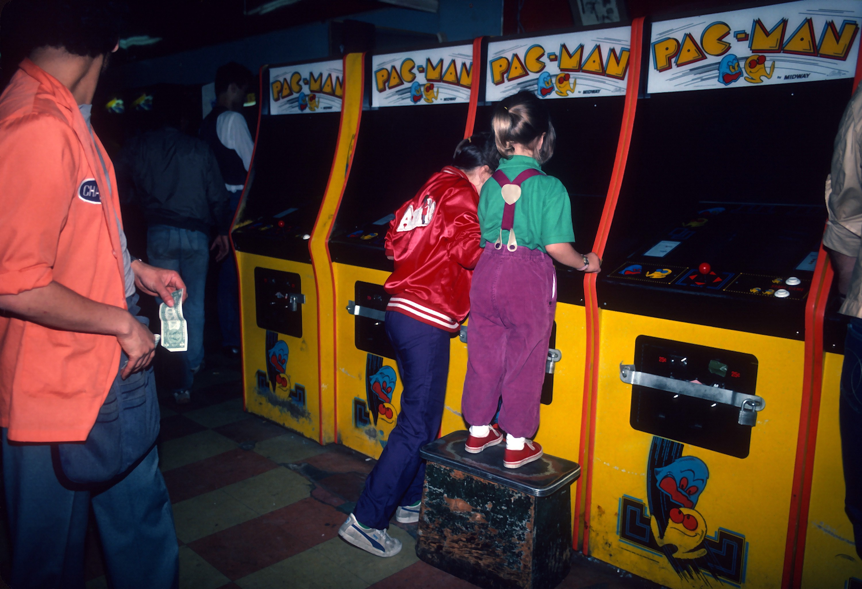 Photos: The golden age of video arcades - Timeline