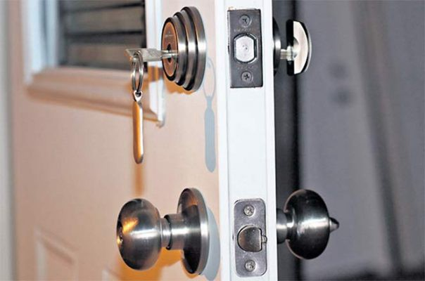 What are The Different Types of Glass Door Locks Used on to ...