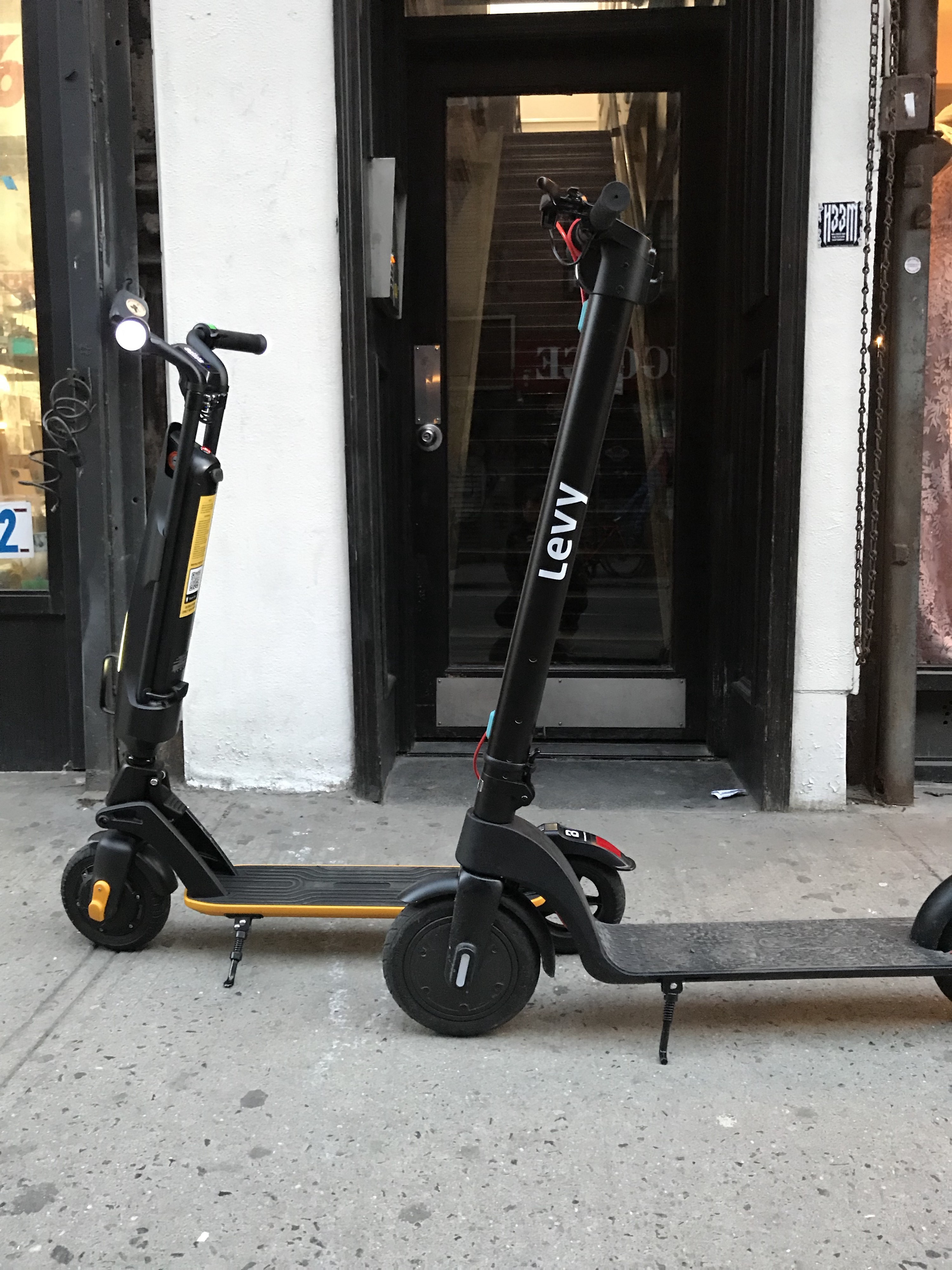 Buying Or Renting An Electric Scooter In Nyc By Wes Alopp Medium