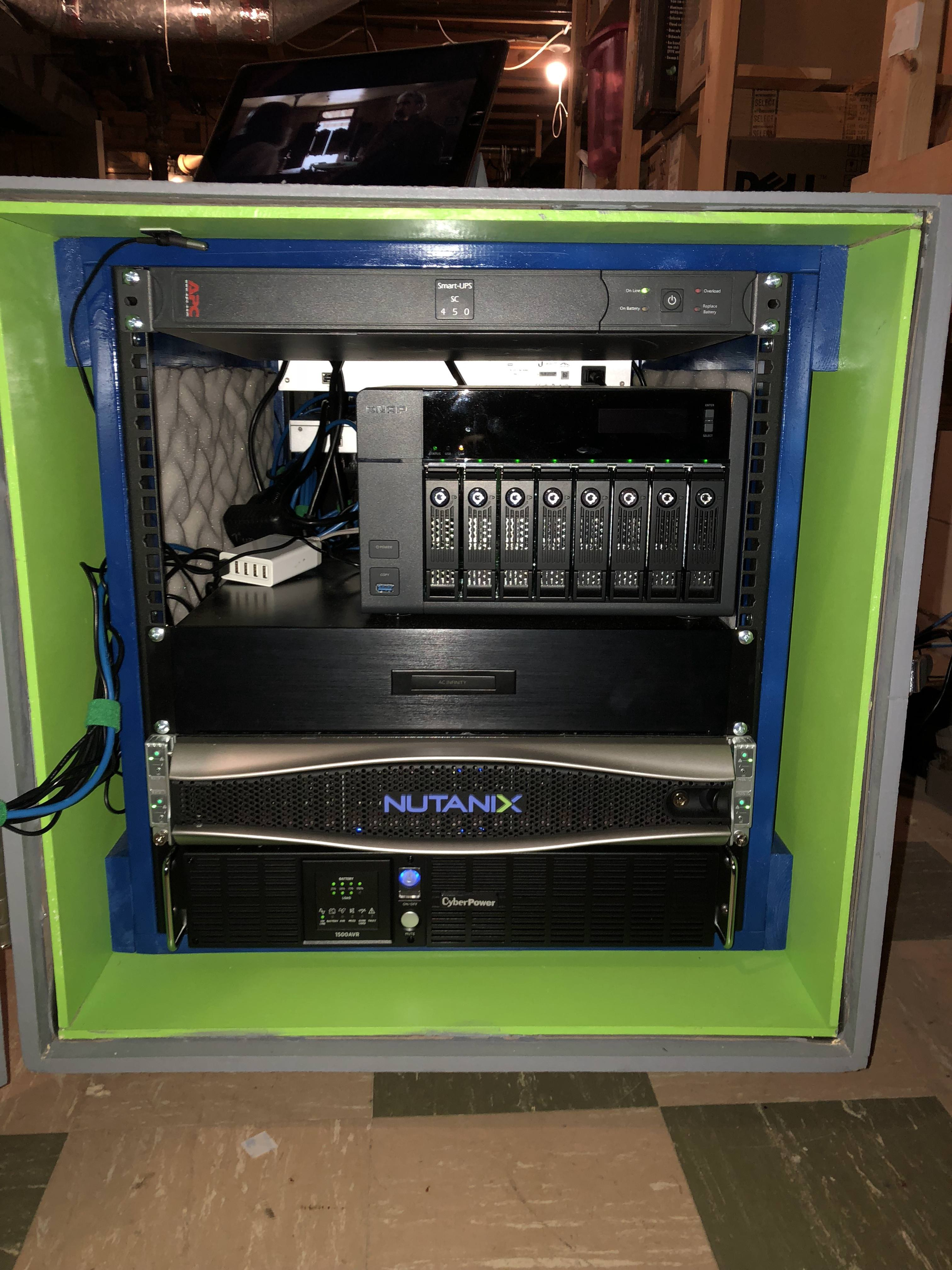 This Home-Friendly Full-Depth Server Rack Will Make You