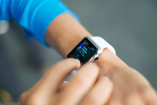 What Is Wearable Technology From a UX Perspective? | by Ahmed Faizan Sheikh  | The Startup | Medium