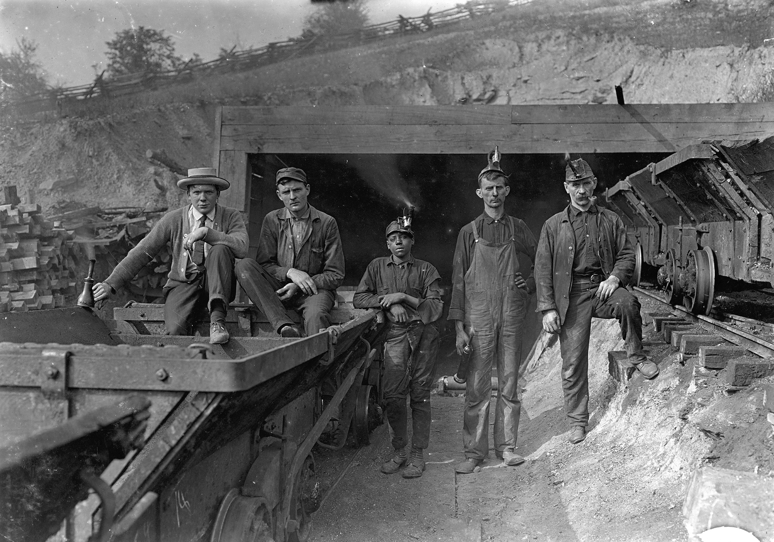 10,000 West Virginia coal miners once went to war with the local