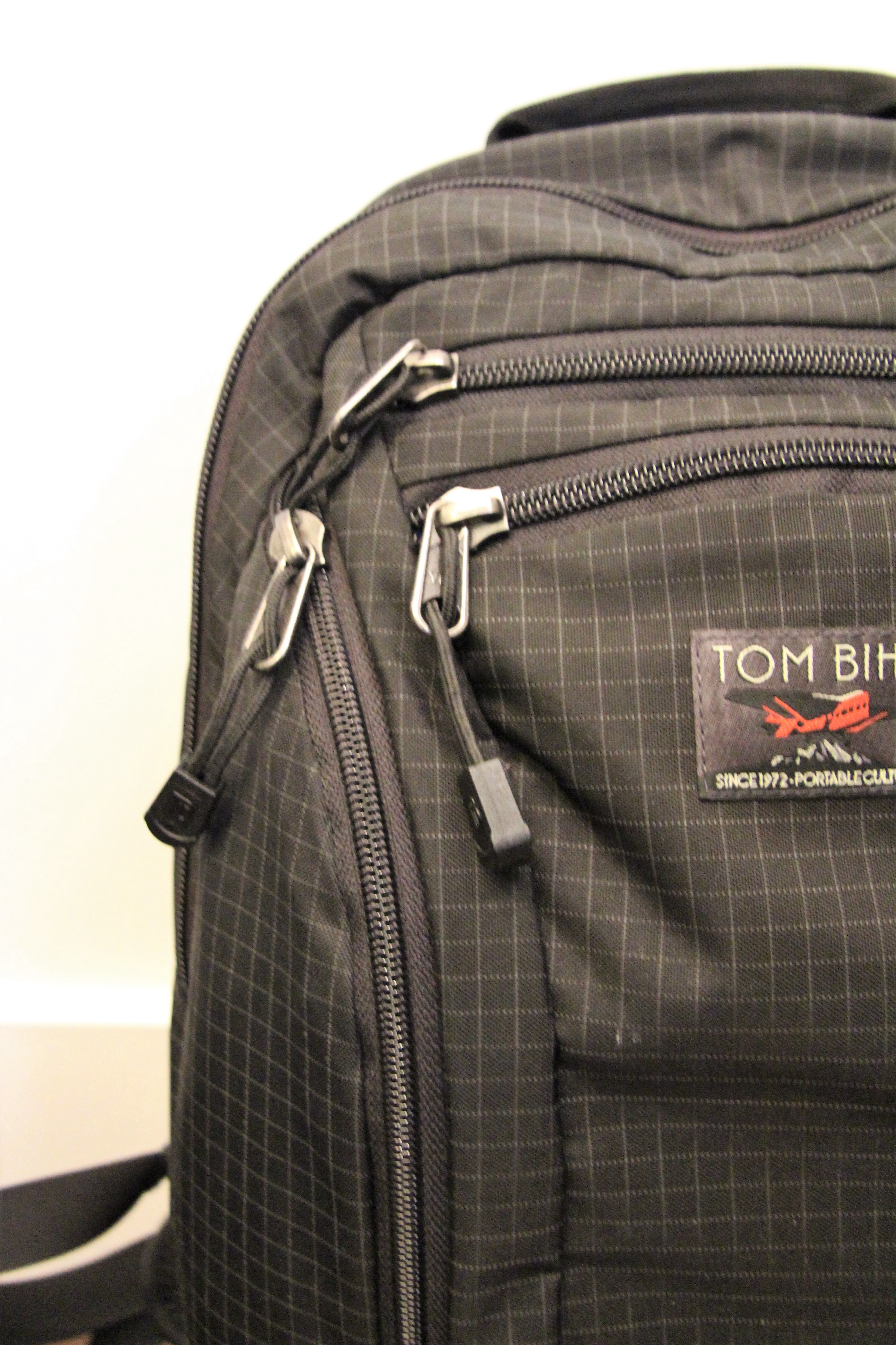 Tom Bihn Synapse 19 — Comprehensive Review - Pangolins with