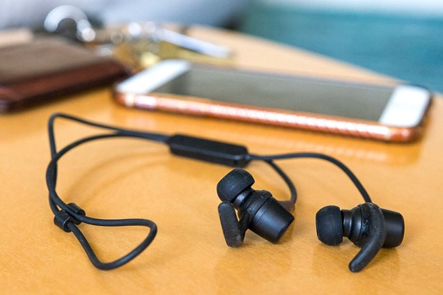 How To Pair Skullcandy Wireless Headphones With Your Android Iphone By Micheal Greow Medium