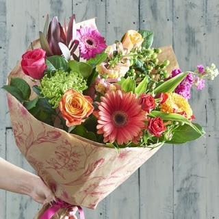 Why Flowers Always Make the Perfect Gift? | by flower hills | Medium