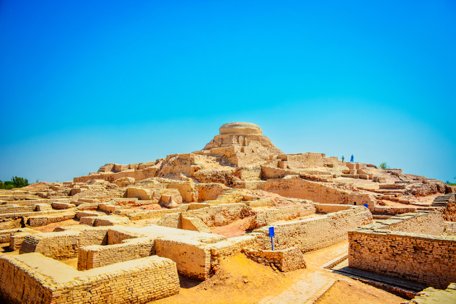The Archaeological Spots Of Mohenjo Daro And Harappa By Ali Adnan Asim Medium