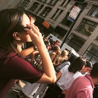 Me getting lost in the crowds of Flatiron