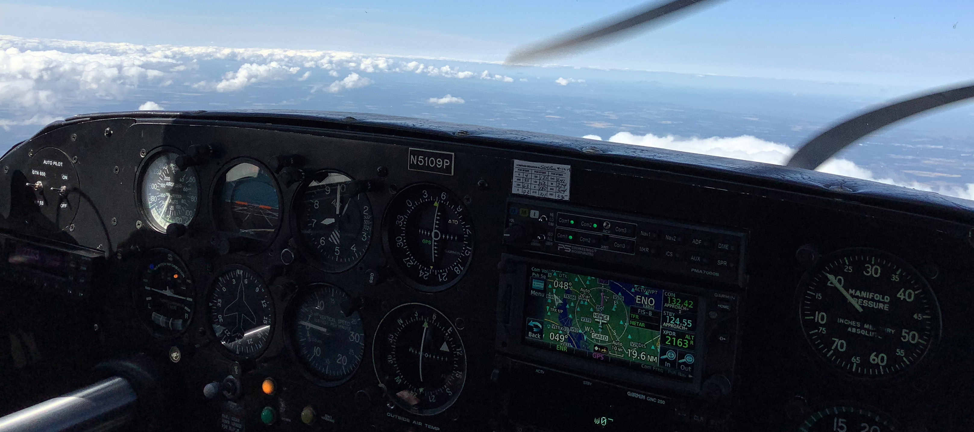 Cockpit of a Piper Comanche 250