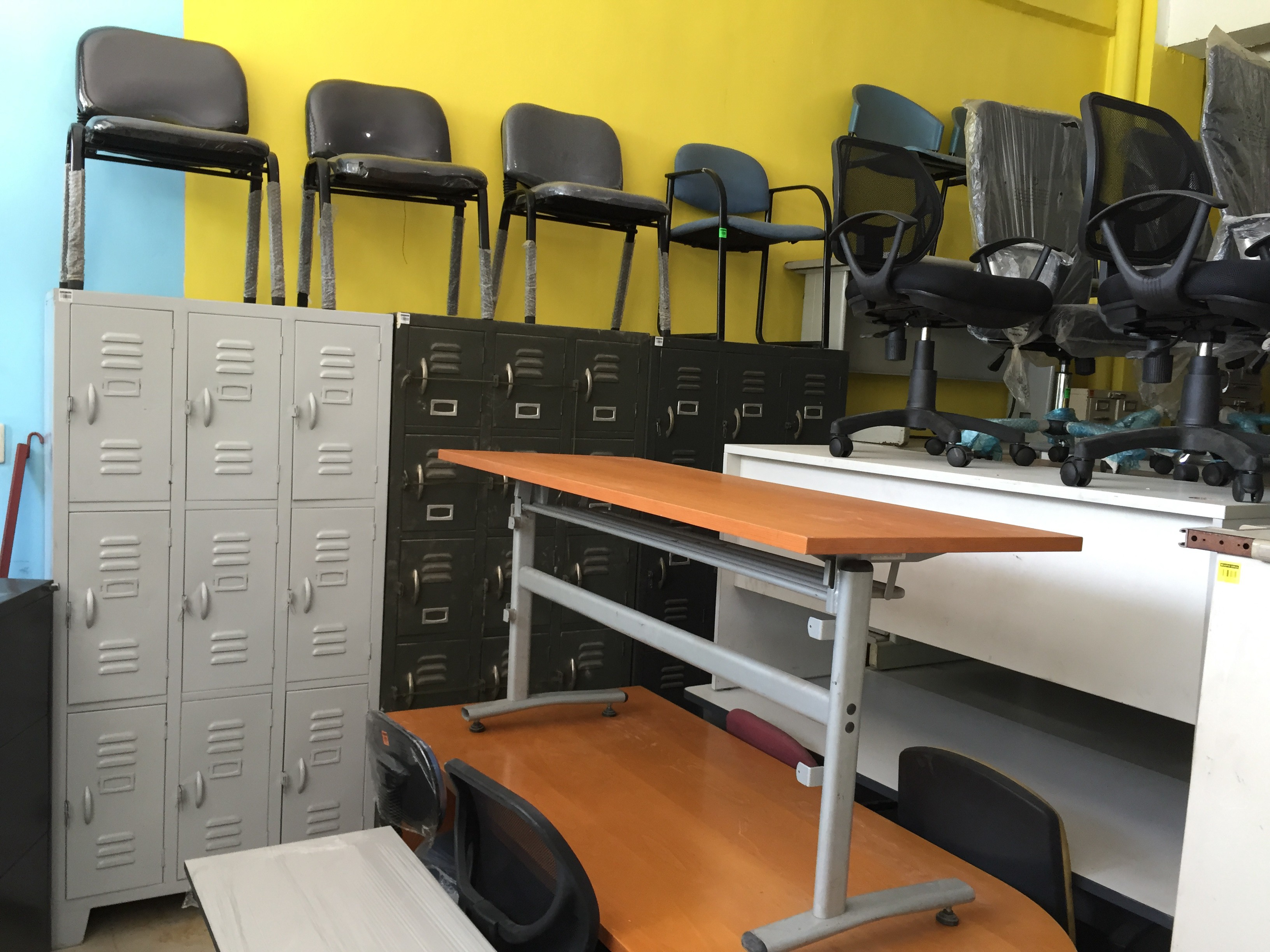 Used Office Table Chair Lockers In Pampanga Megaoffice